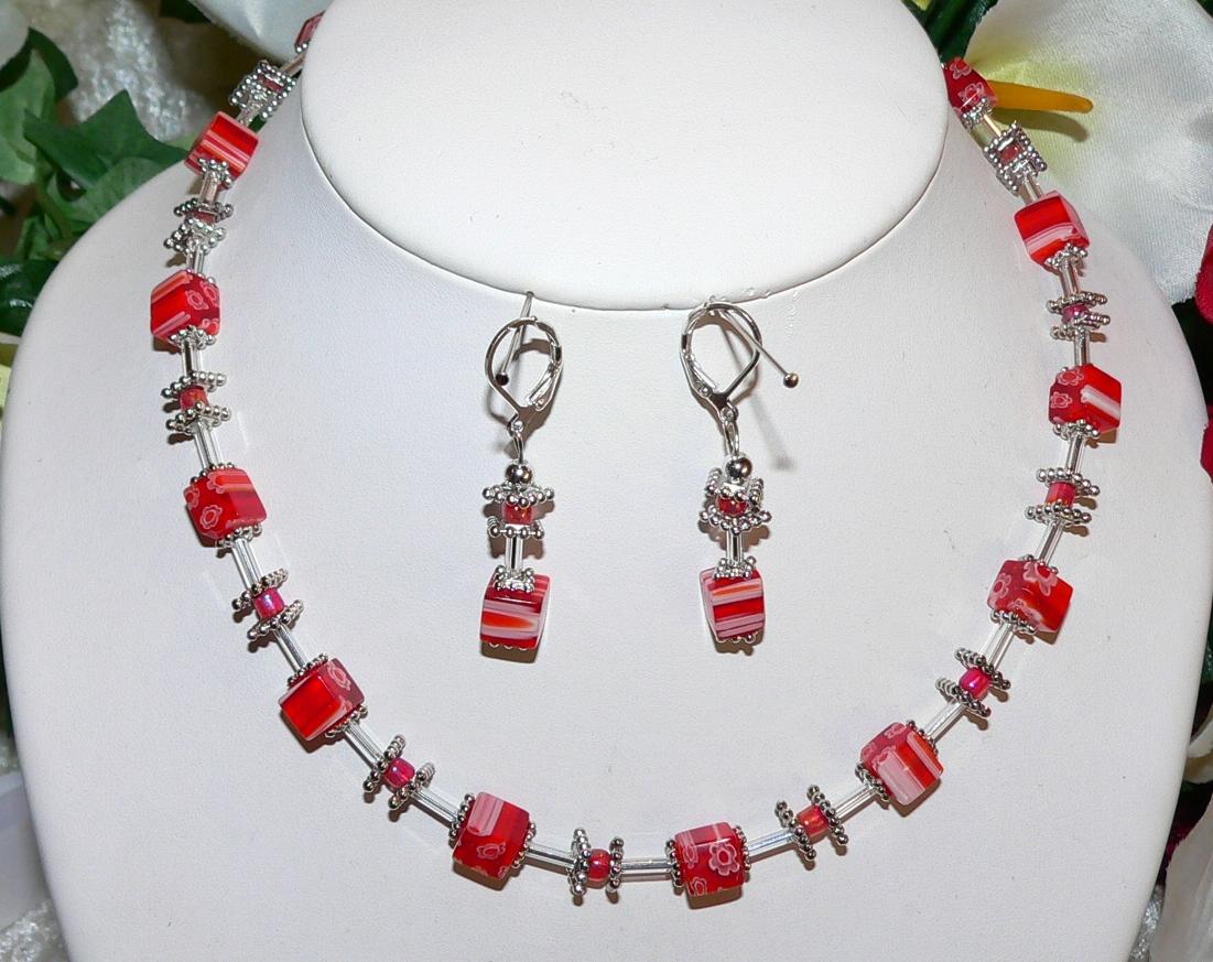 Details zu 2er Schmuckset Halskette Ohrringe Würfel cube Lampwork Millefiori rot 254c